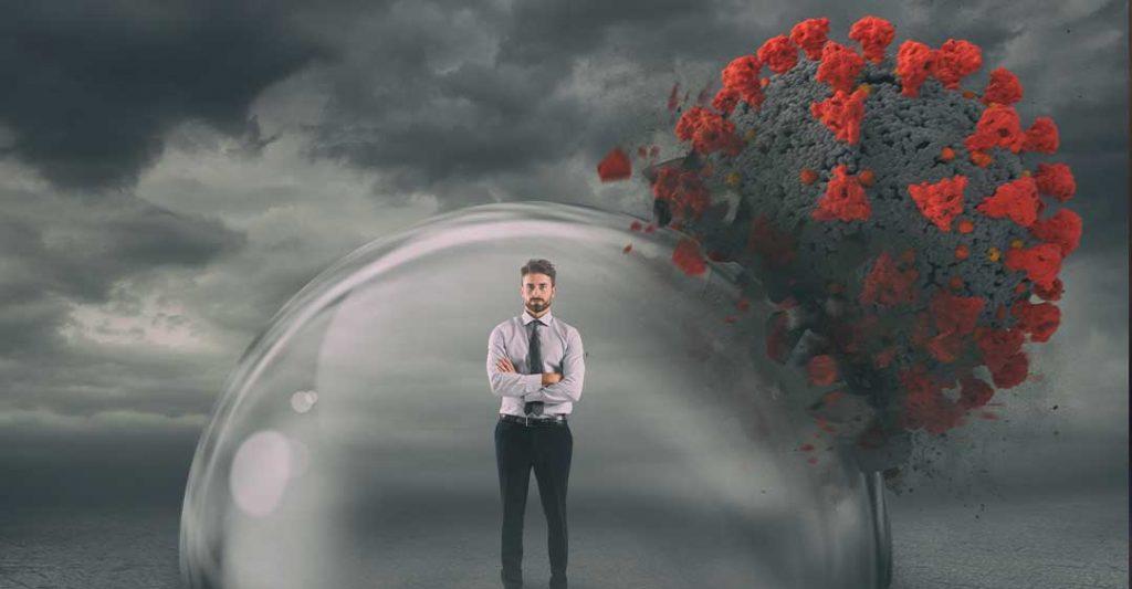 nuages sombres, homme dans une bulle de protection, bouclier de protection, coronavirus, poursuites en cas d'exposition